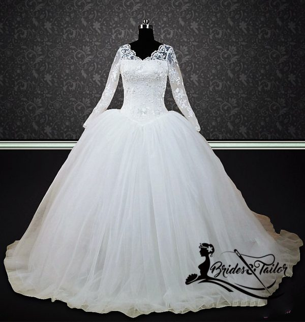 modest bride wedding dress with sleeves
