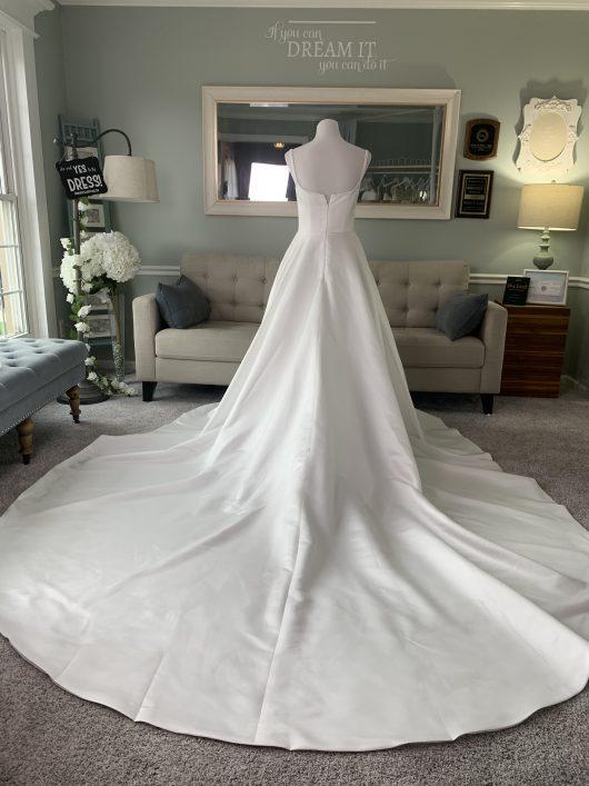 duches satin wedding dress